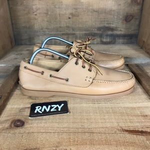 LL Bean Signature Leather Boat Shoe LLB030
